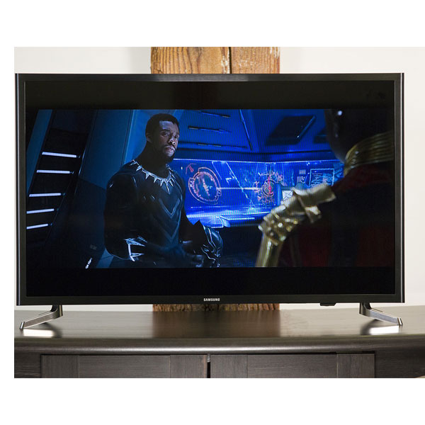 Samsung 32 Inch 4K Smart LED TV (M5300)